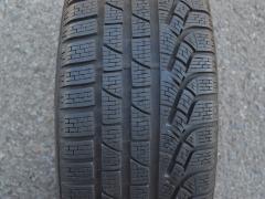 235/45/18  98V  Pirelli SottoZero Winter 240 serie II, použitý zimní kus